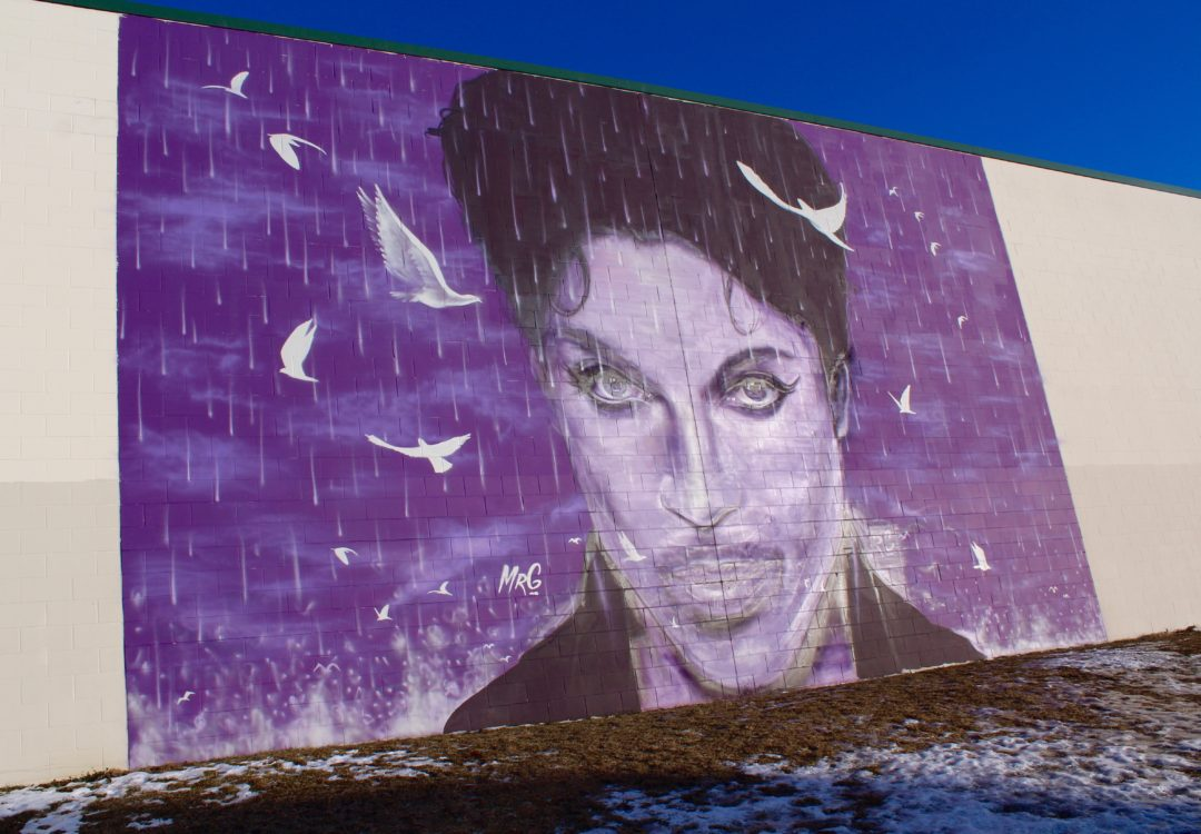 Hanging out in Prince's Home Town, Finding The Prince Mural and other things to do.