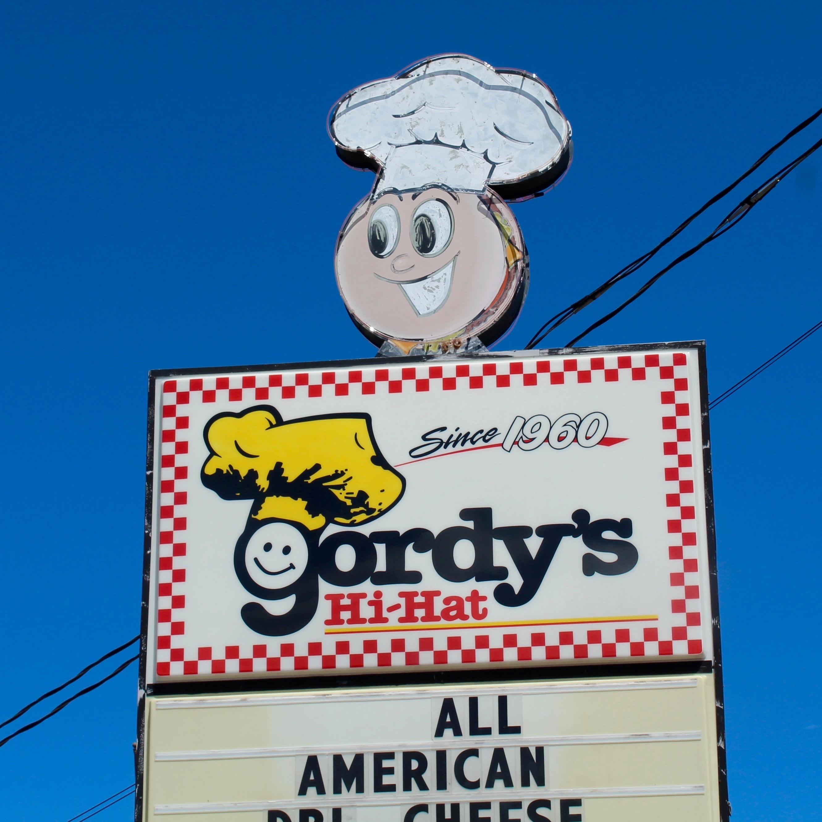 Things to do on your way to your cabin, Gordy's Hi Hat
