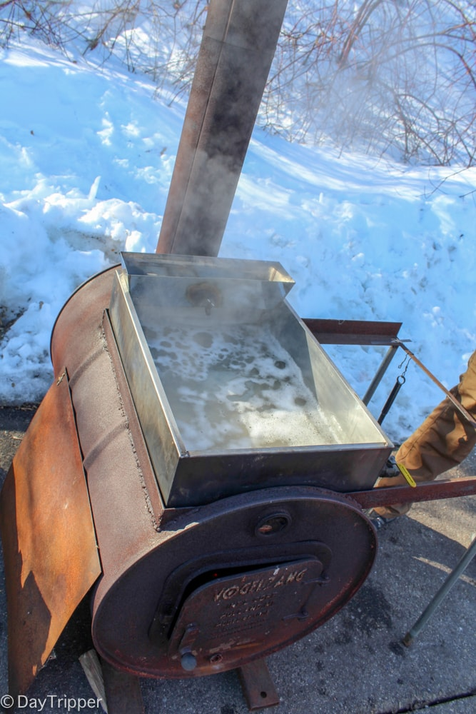 Boiling Pure Mn Maple Syrup